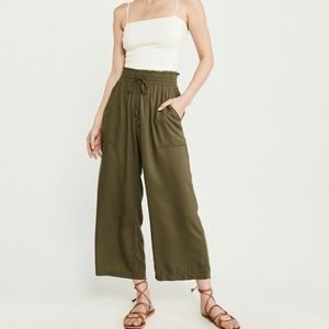Abercrombie Cropped Wide Leg Pants